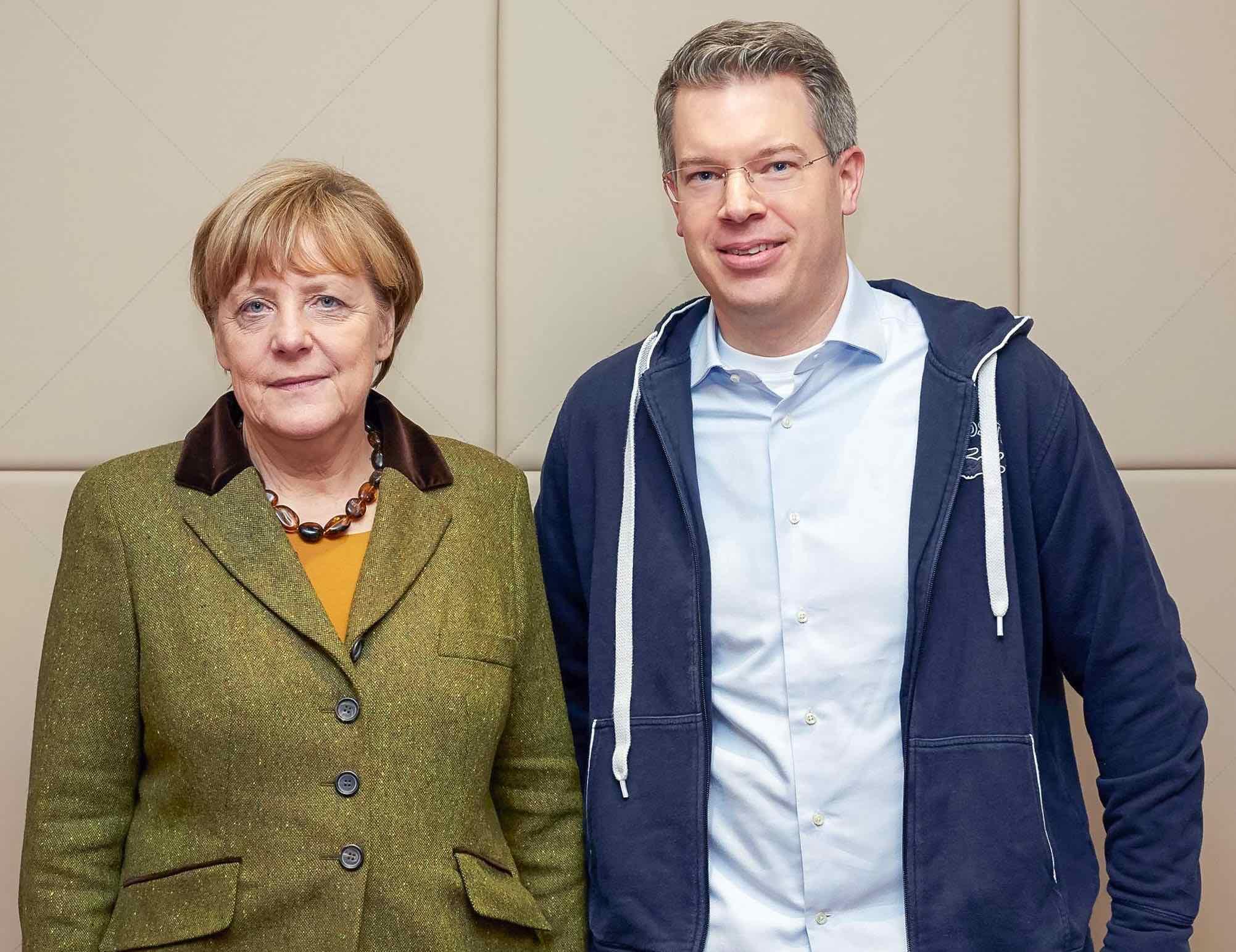 OPT_Founders_Gründer_Geschichte_Frank_Thelen_Angela_Merkel_bild1